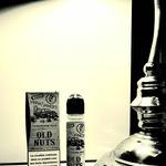 𝕆𝕃𝔻 ℕ𝕌𝕋S ! Le liquide issu de la prohibition américaine de @lips_france est arrivé dans les boutiques Hype Vap et sur notre site !  Un somptueux nougat caramel noisette en 50/50 avec son booster de nicotine fourni pour faire du 03mg.  https://hypevap.shop/fr/gourmands/1099-old-nuts-moonshiners-50-ml.html  #eliquid #cigaretteelectronique #instavape #vapstagram #vapefrance #vapefrance🇫🇷 #vapestagram #vapoteur #toulousemaville #vapenation #ecig #vapcommunity